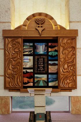 Synagogue Furniture ריהוט בית כנסת